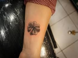 small-tattoo-001