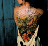 21_m-tree-girl-crane-back-tattoo