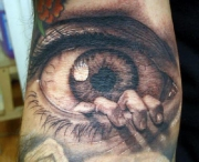 eyeball-tattoo-arm